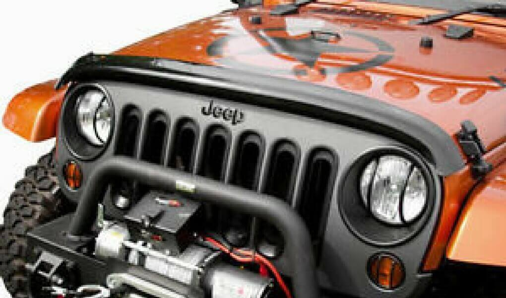 Dark Smoke WeatherTech Custom Fit Stone and Bug Deflector for Jeep Wrangler
